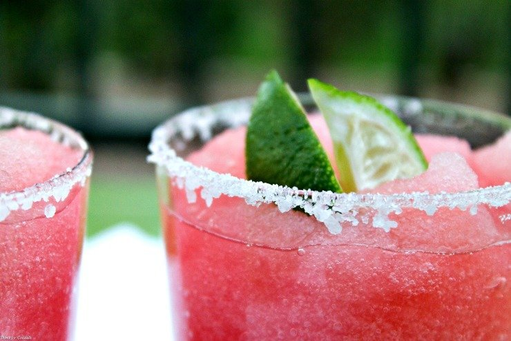 Pomegranate Margarita Recipe ~ Thyme for Cocktails