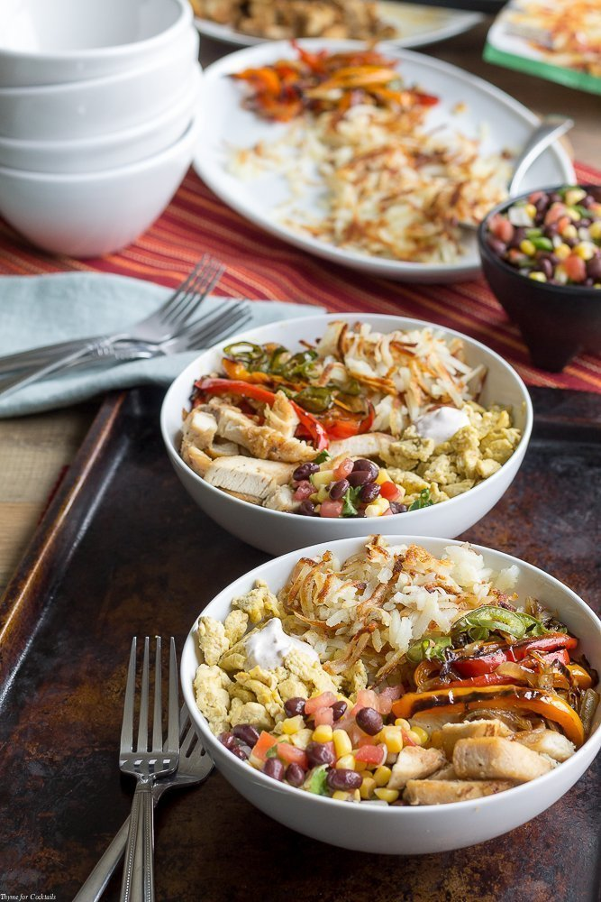Chicken Fajita Breakfast Bowls full of crispy hash browns and Tex-Mex scrambled eggs.